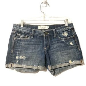Abercrombie & Fitch Distressed Shorts Size 4